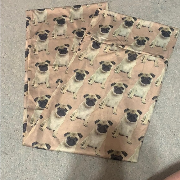 Accessories - Pug Infinity Scarf